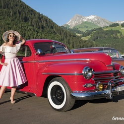 Pin'up and cars